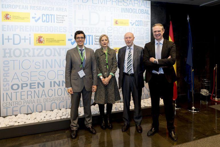 Photograph (from left to right): Javier Brañas (SusChem España), Clara Eugenia García (MINECO), Francisco Marín (CDTI) and Juan Antonio Labat (Feique).
